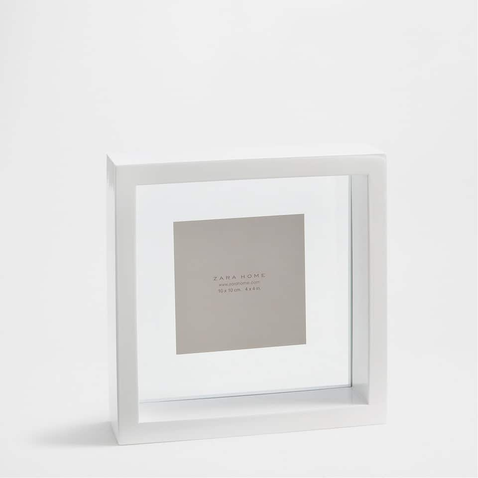 PLAIN WHITE FRAME