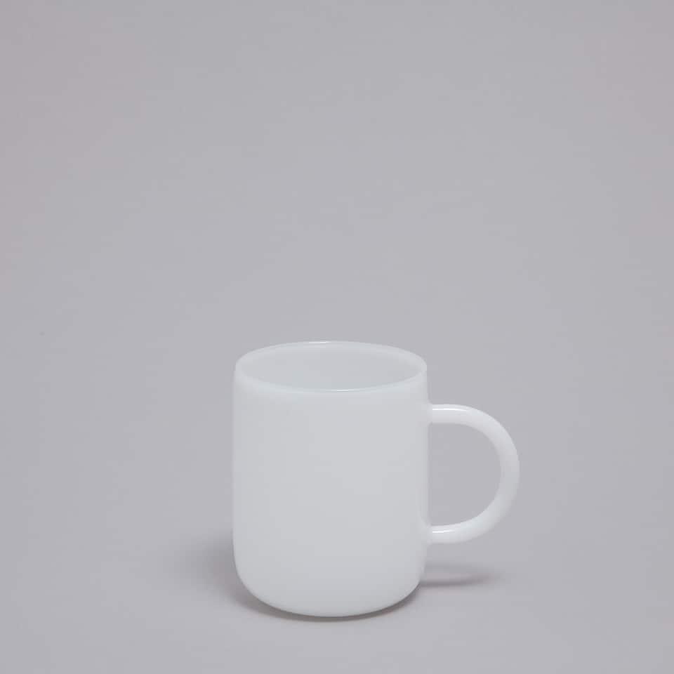 White borosilicate mug