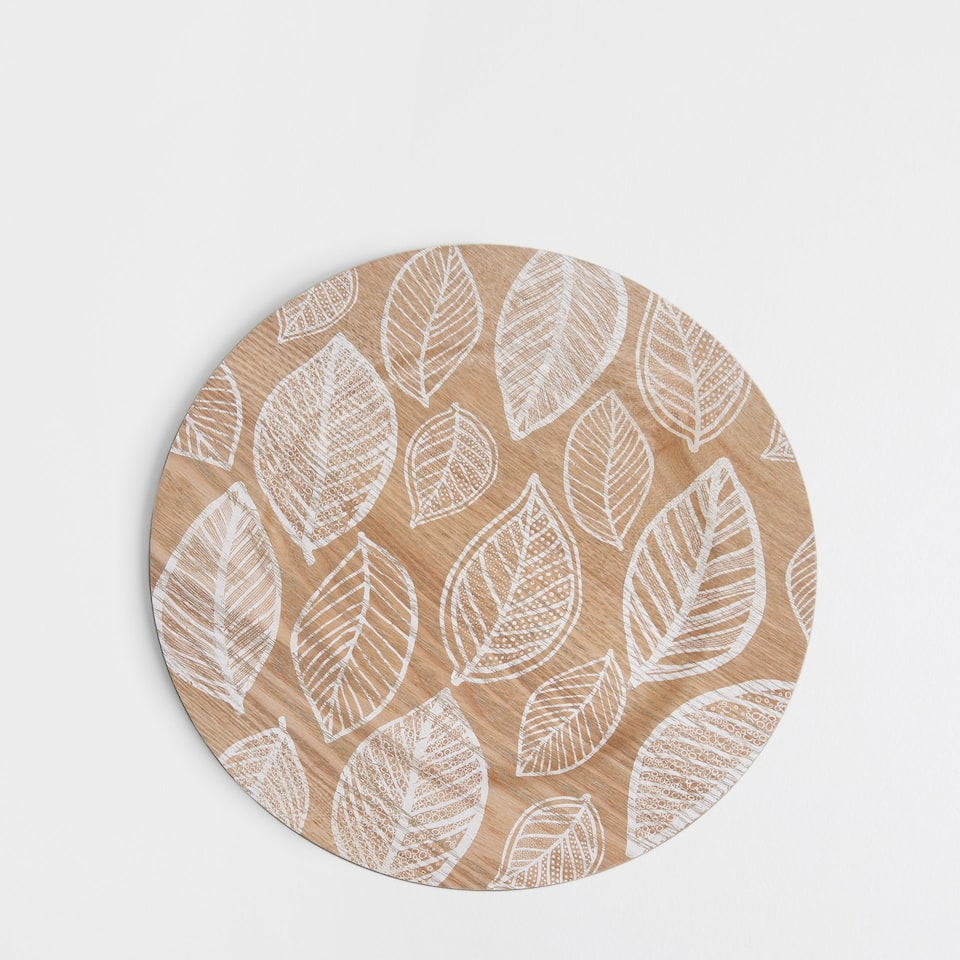 Wooden leaves plate charger