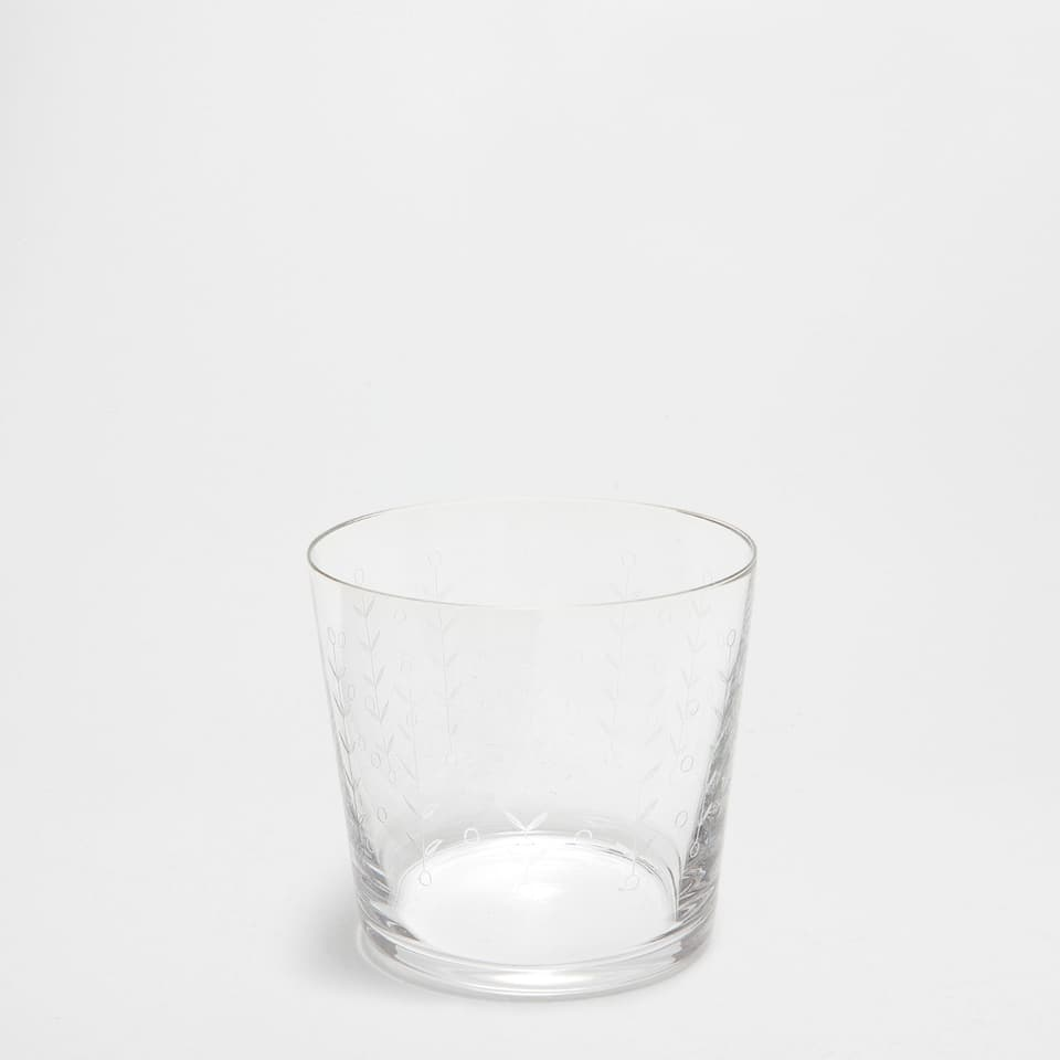 Engraved glass tumbler