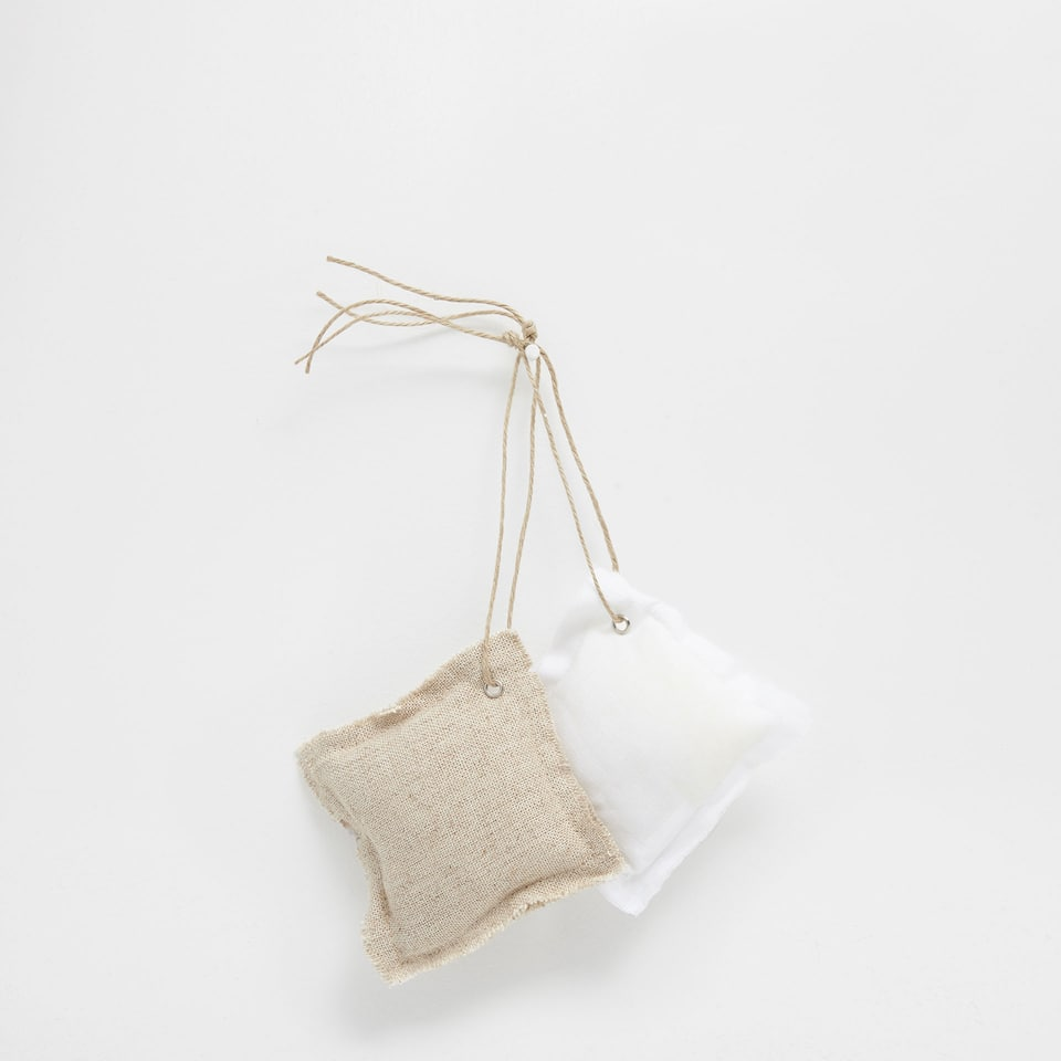 Linen scented bags (set of 2)