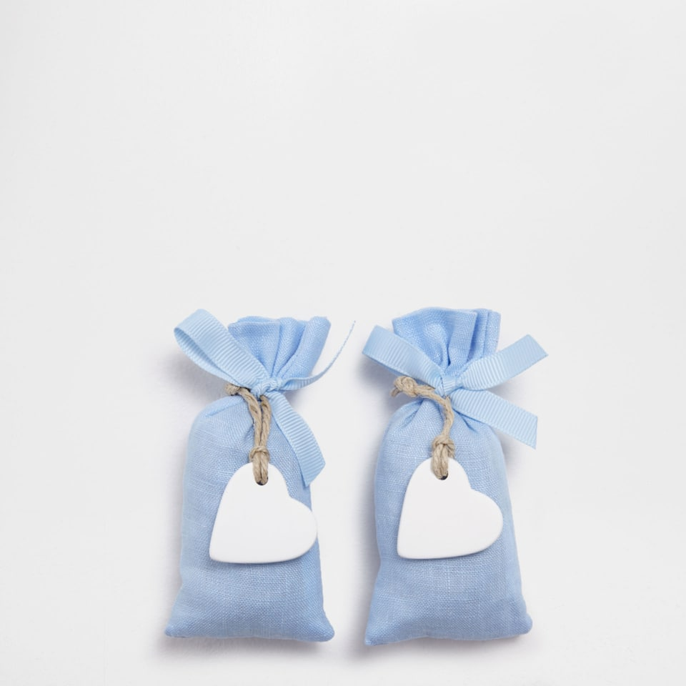 Heart pendant scented bags (set of 2)