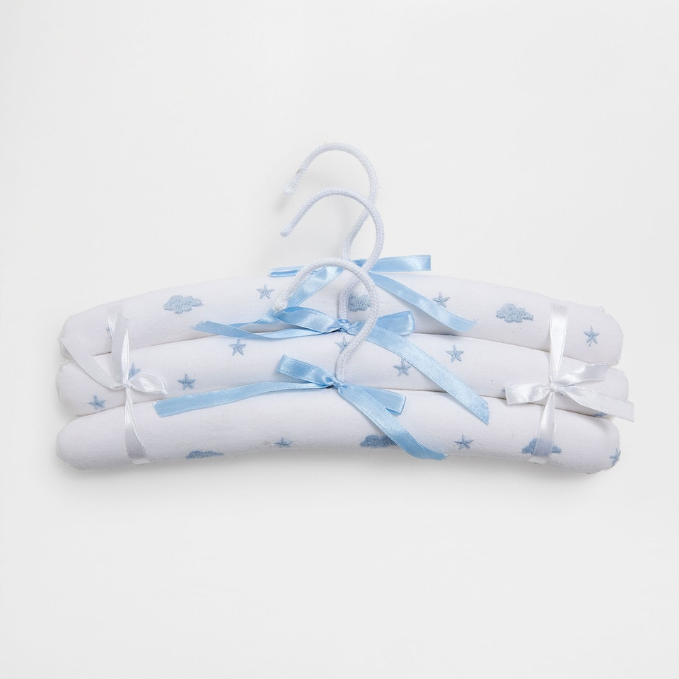 Embroidered clouds hanger (set of 3)