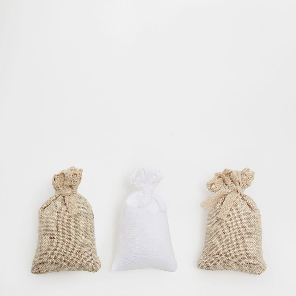 Linen scented sachets (set of 3)