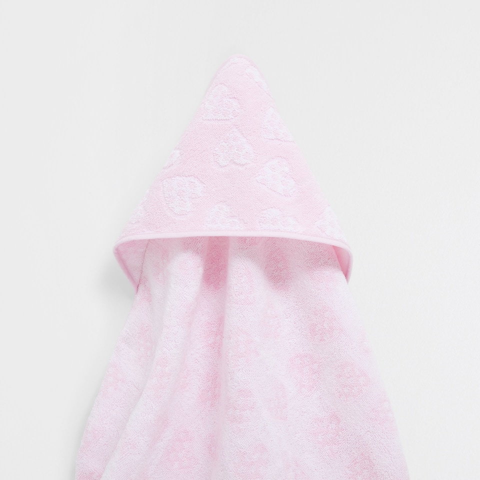 Hearts jacquard towel