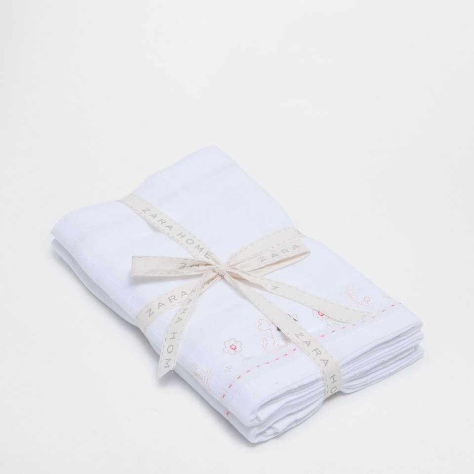 Mouse embroidered baby cloths (set of 2)