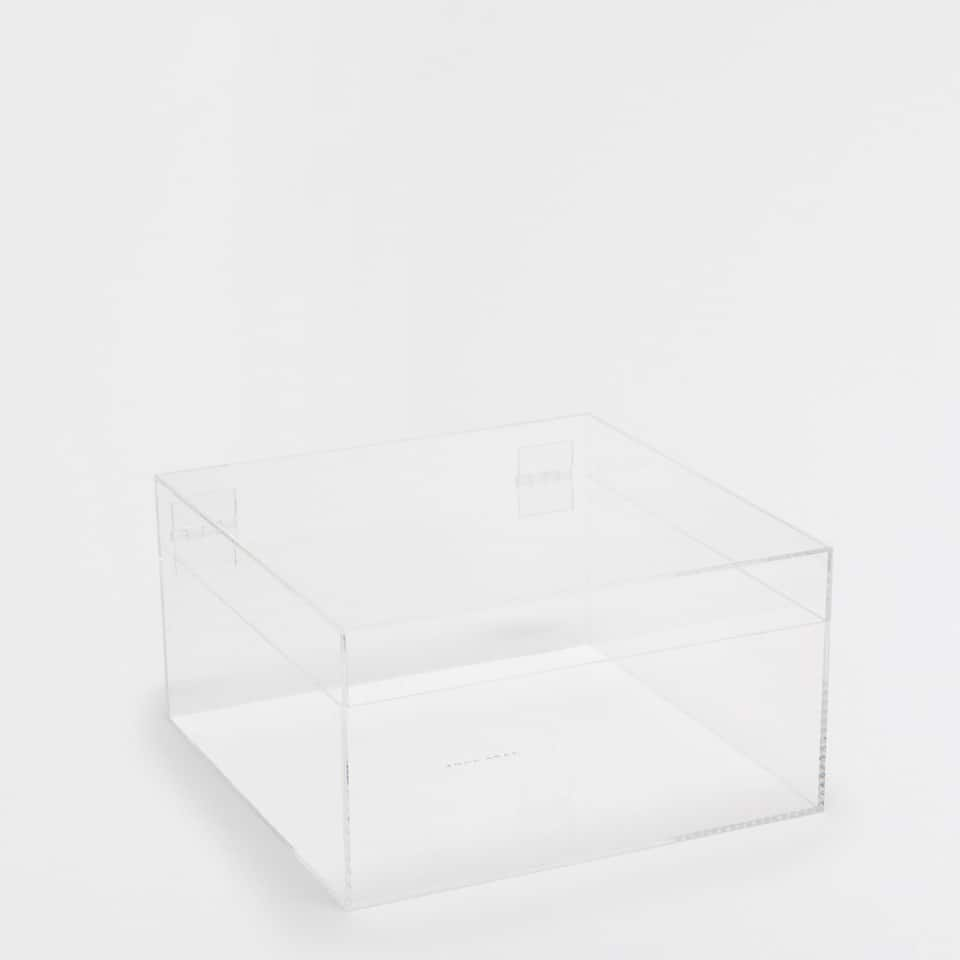 TRANSPARENT SQUARE BOX