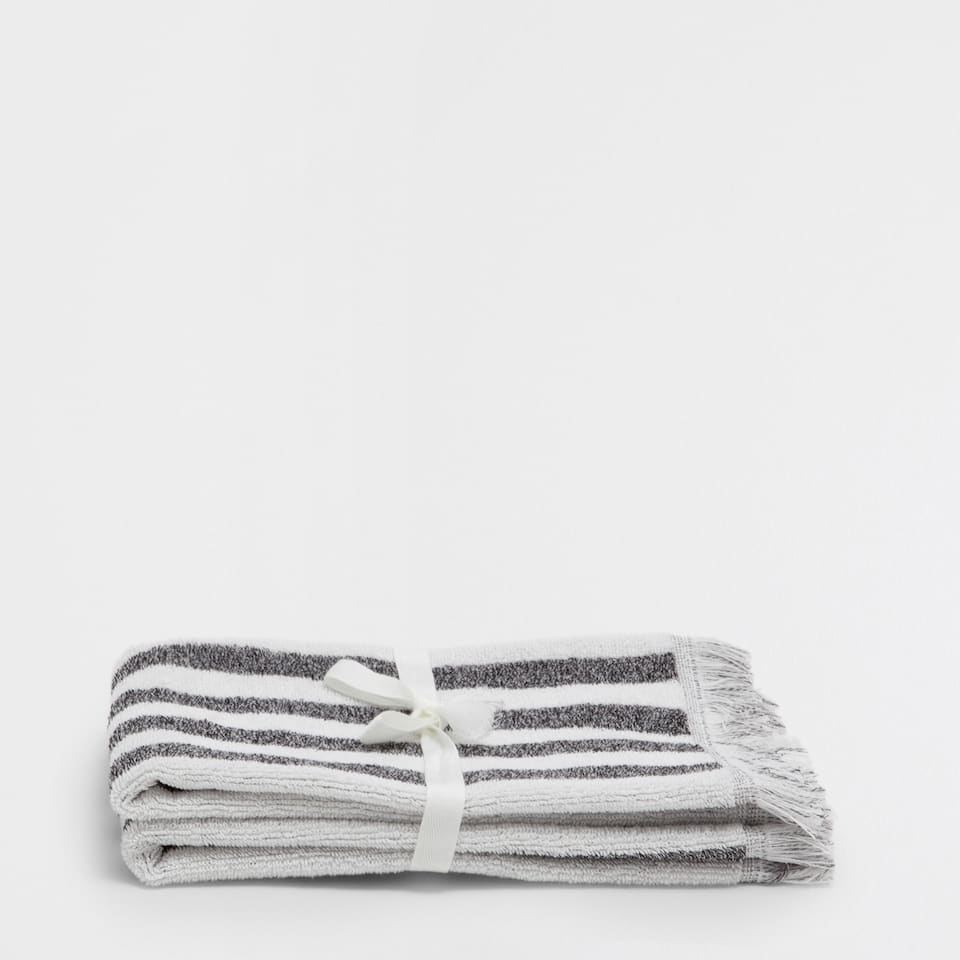 COTTON TOWEL WITH STRIPES AND FRINGES (SET OF 2)