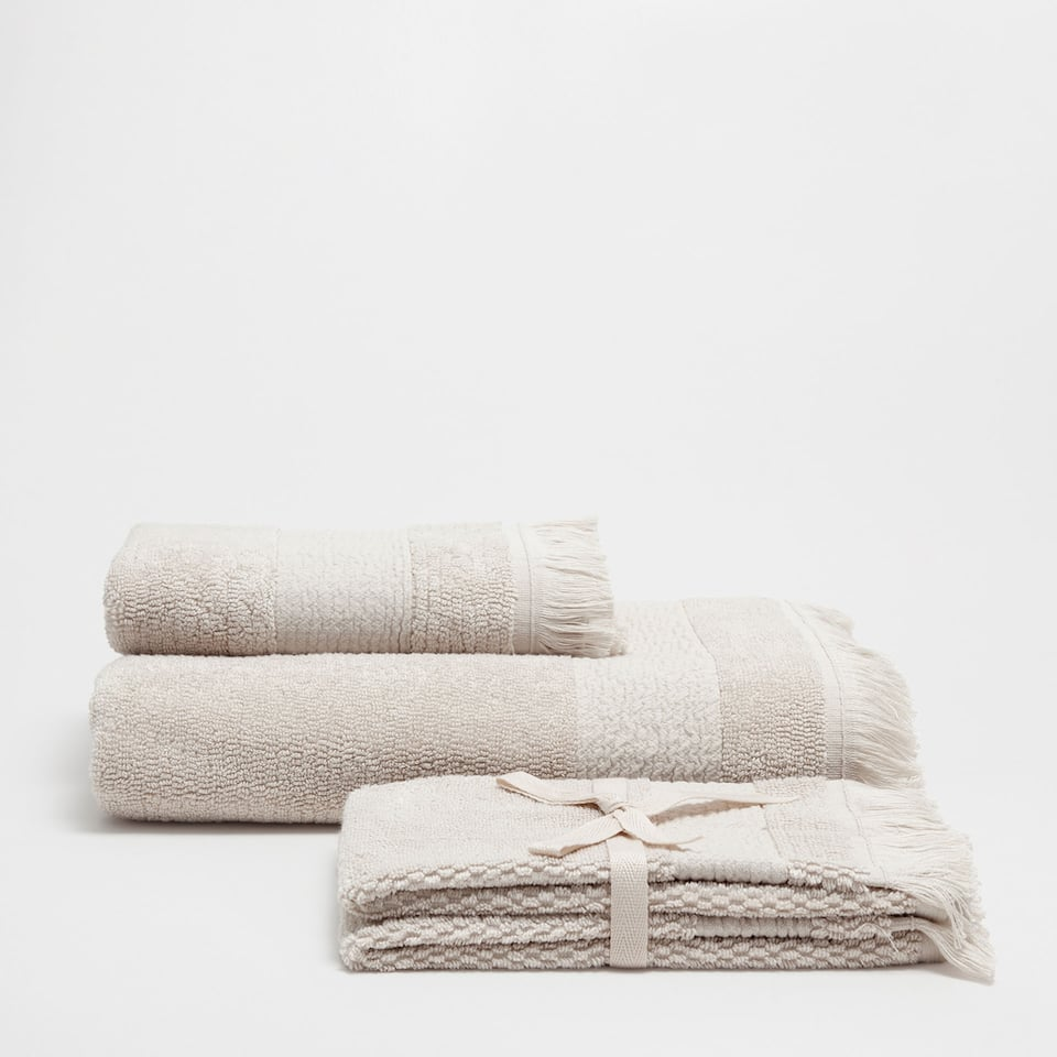 STONE COTTON TOWEL WITH FRINGED BORDER