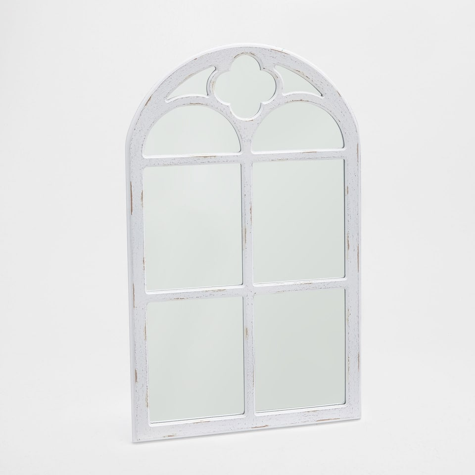 White window mirror