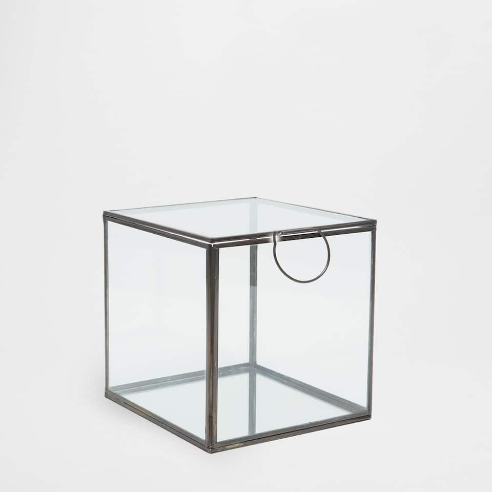 Square glass box with a mirrored base
