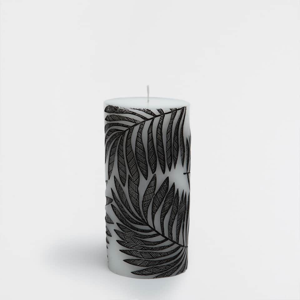 Leaves Print Cylindrical Candle