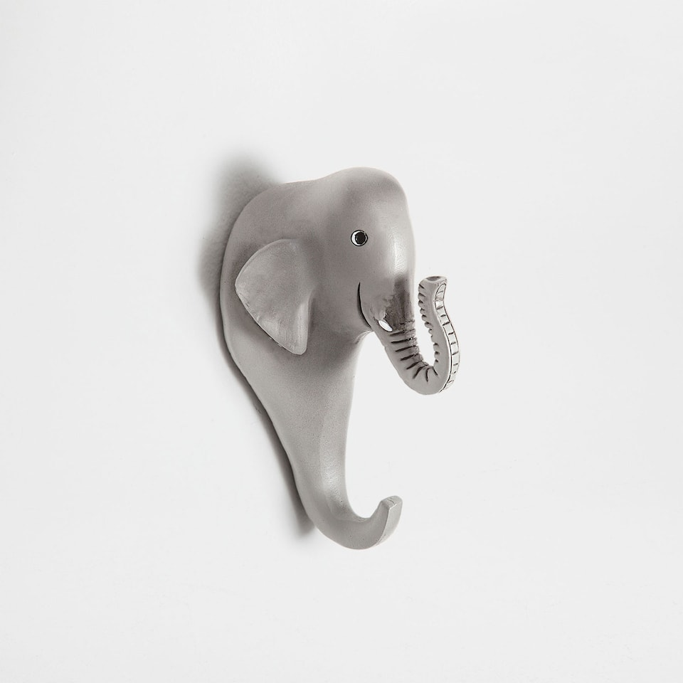 Elephant-shaped hook