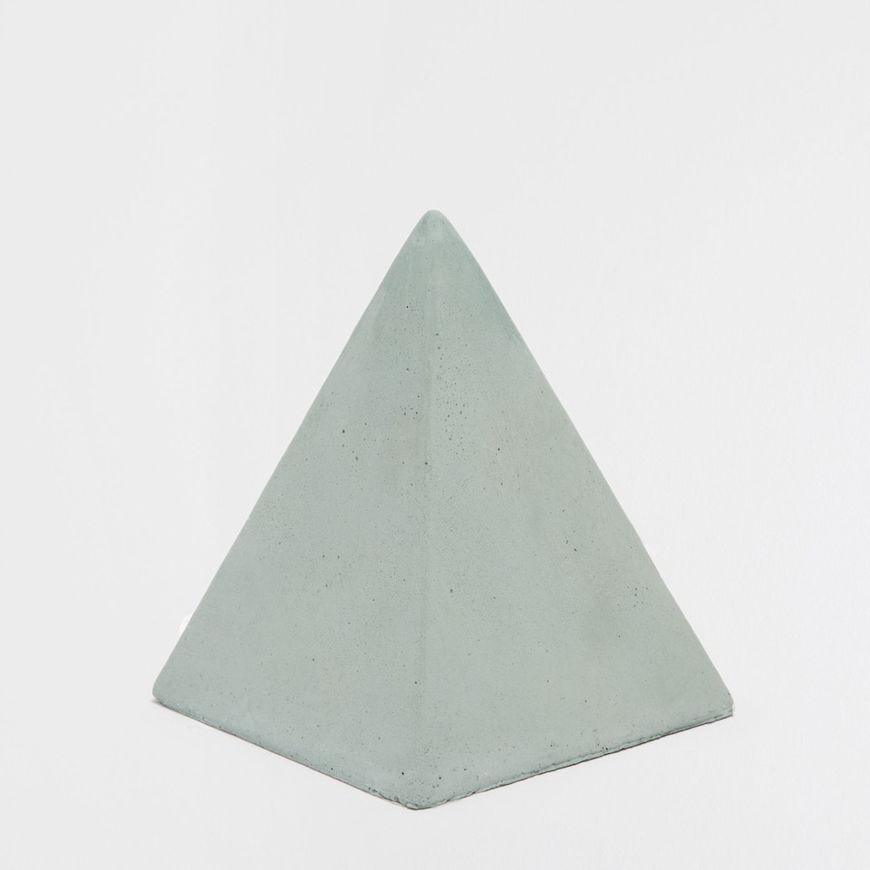 Cement paper weight