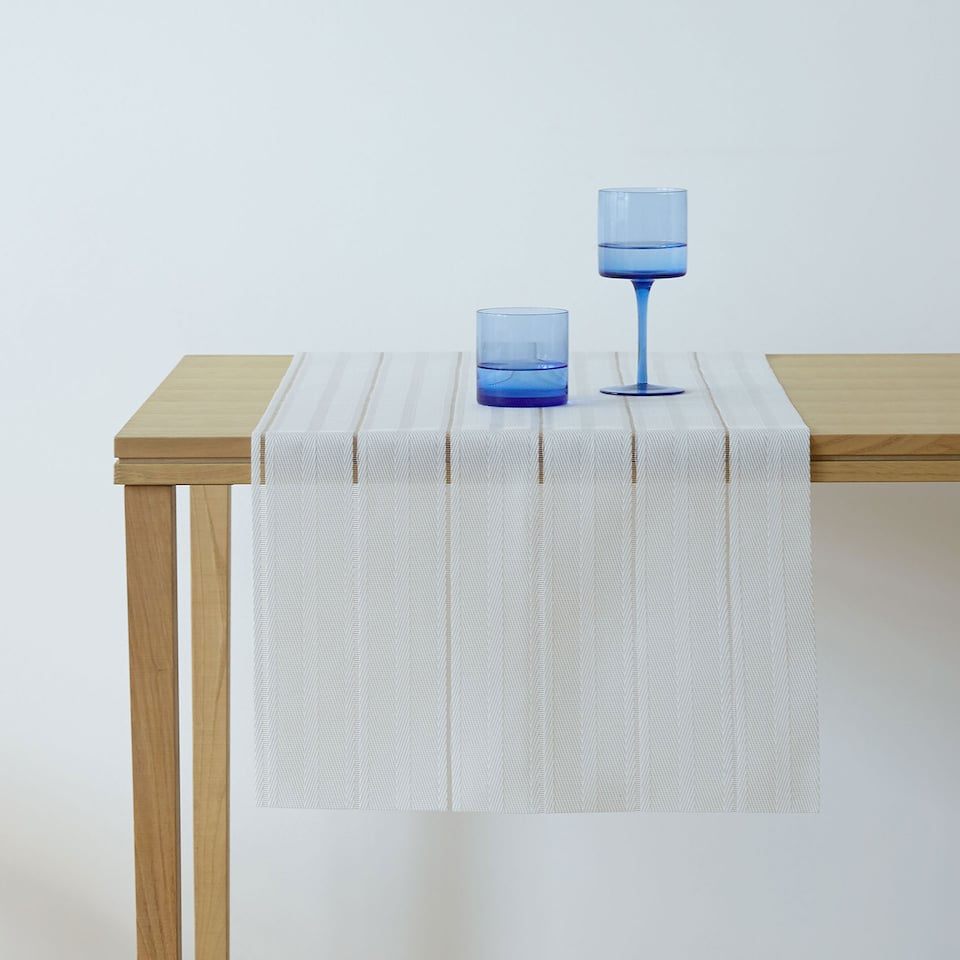 White herringbone plastic table runner