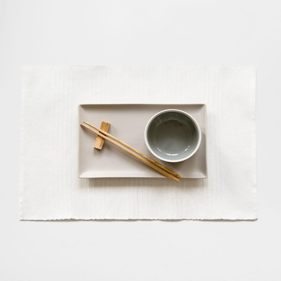 Cotton placemat with raised stripes (set of 2)