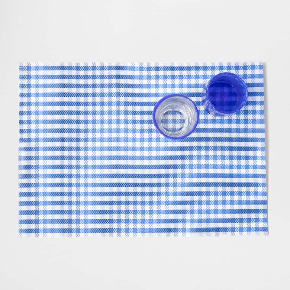 Gingham check plastic placemat (set of 2)