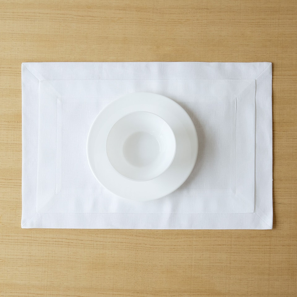 Double-layer white linen placemat