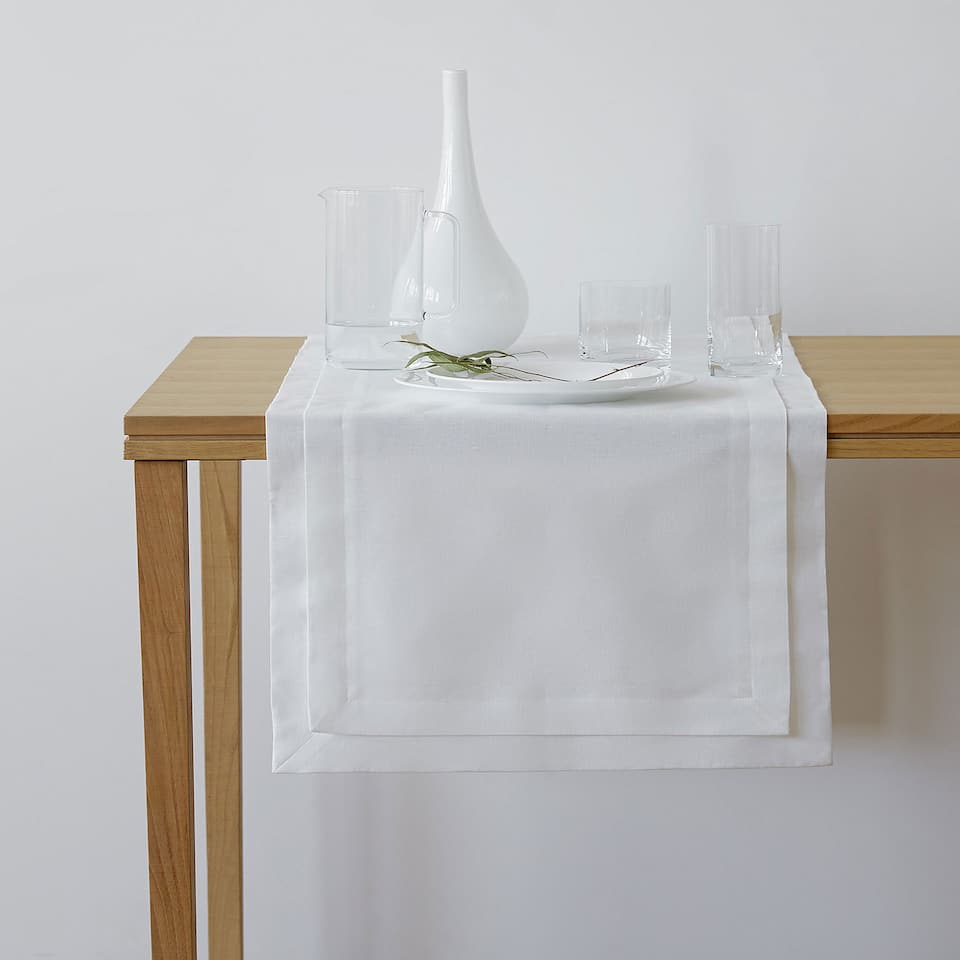 Double-layer linen table runner