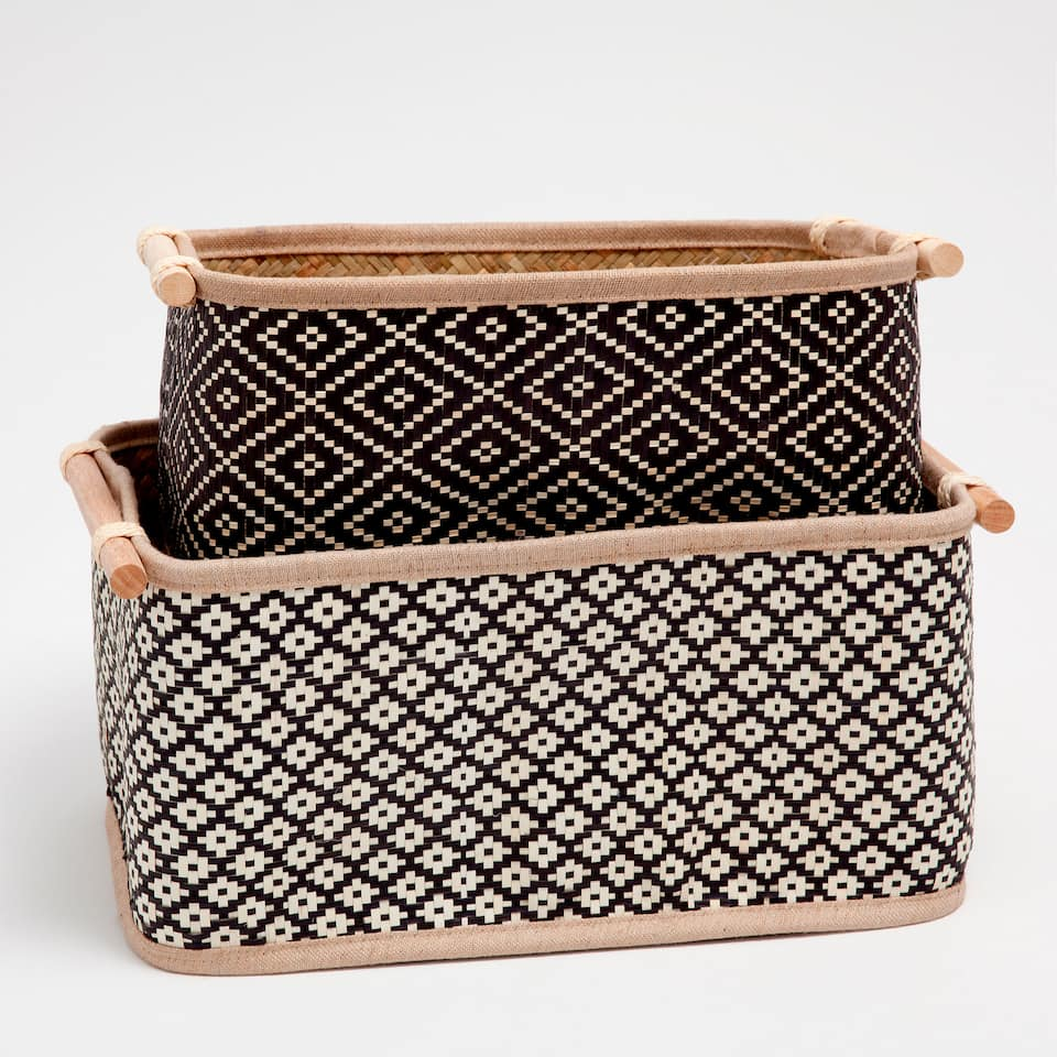 Rectangular basket with two-tone design