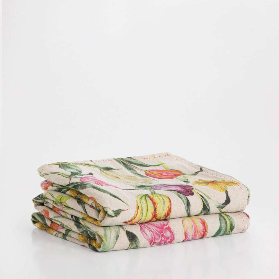 Floral print cotton and linen bedspread