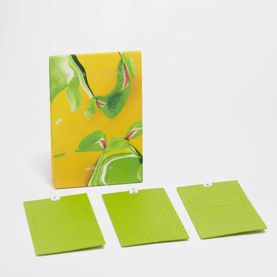 SICILIAN FIG SCENTED CARDS