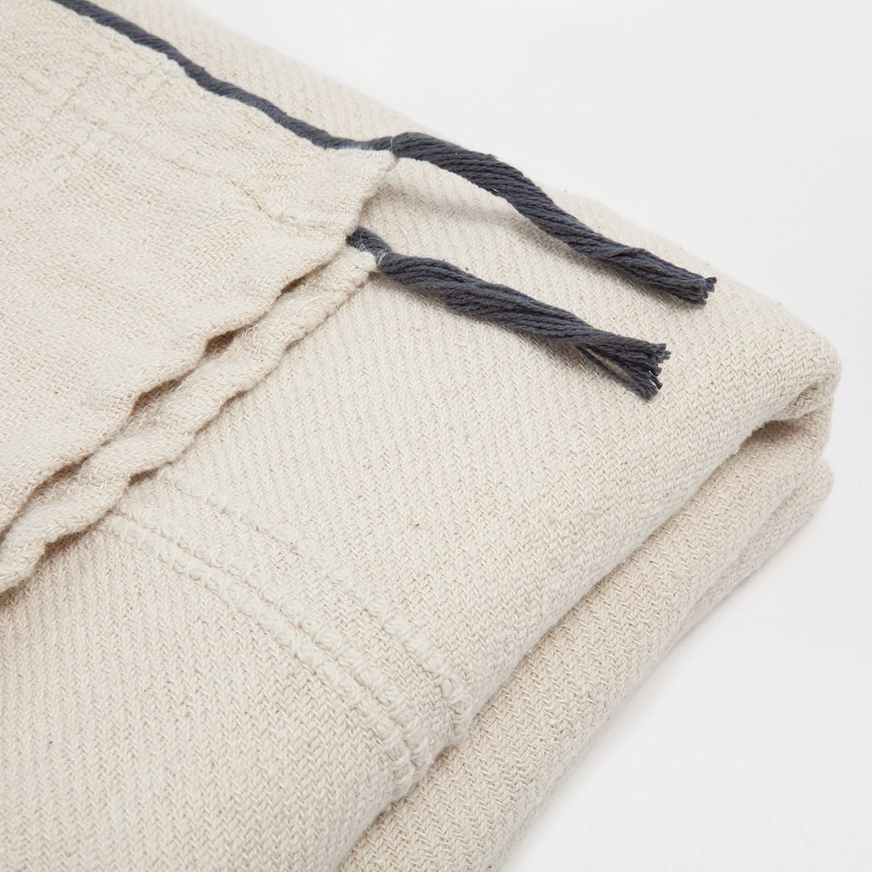 COTTON AND LINEN BLANKET WITH A CORD BORDER