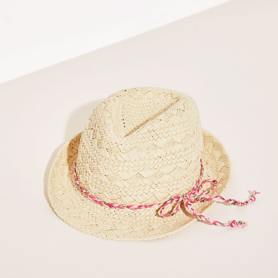 Kids plaited hat with textile cord