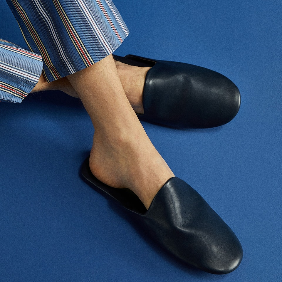 LEATHER MULE SLIPPERS