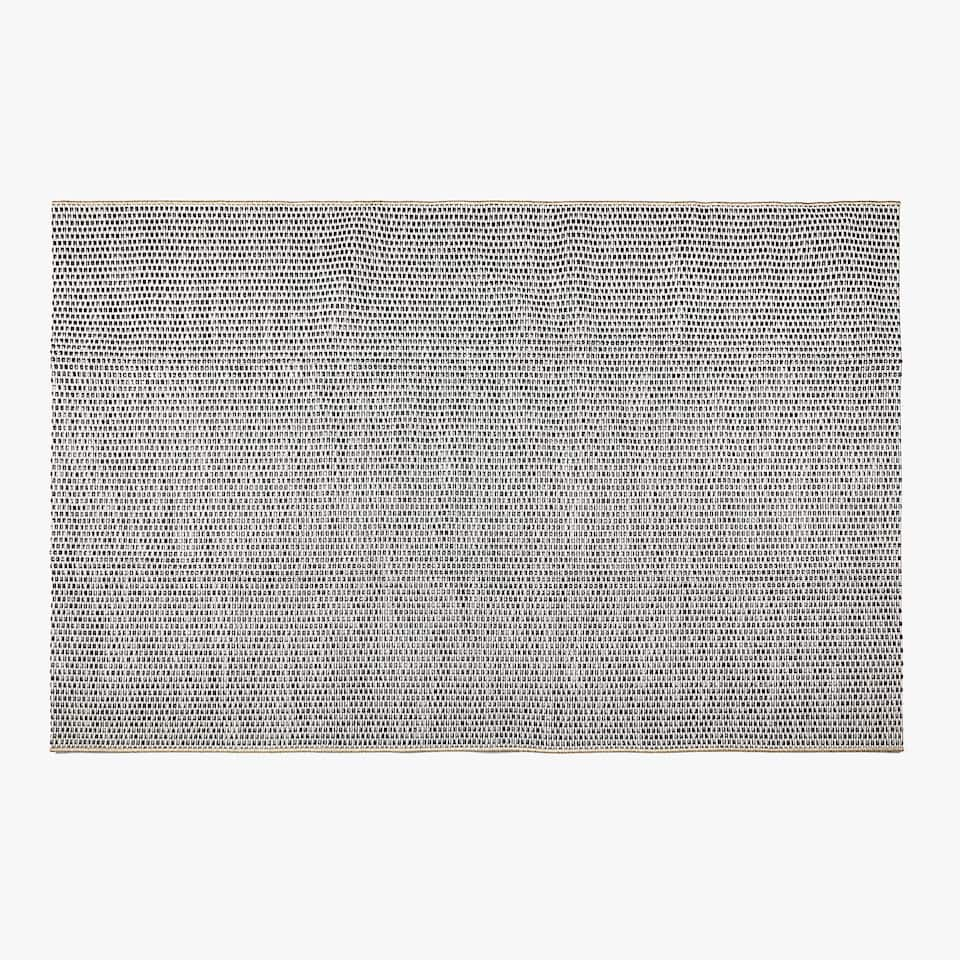 GREY WOVEN RUG (OUTDOOR AND INDOOR)