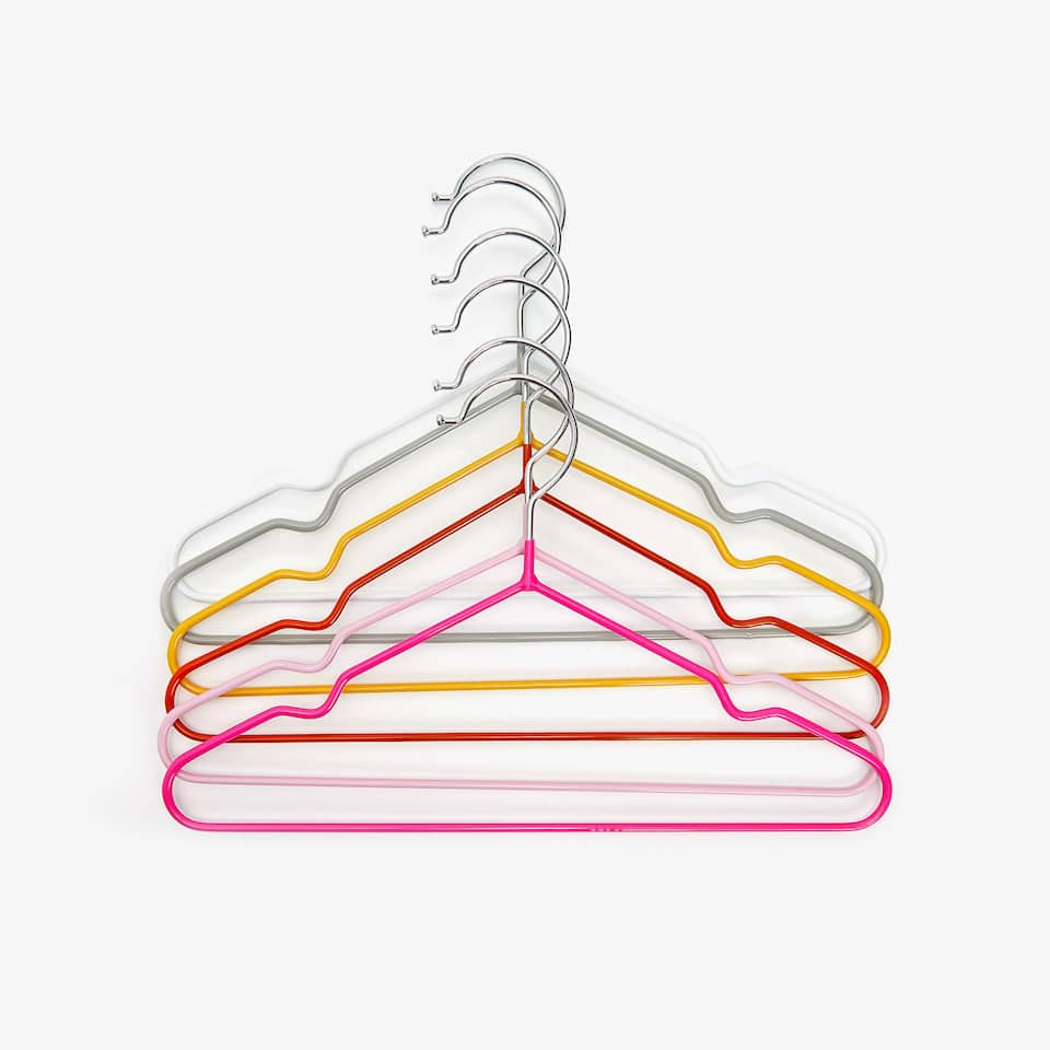 MULTICOLOURED HANGER (SET OF 6)