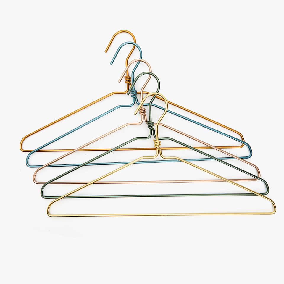 MULTICOLOURED METAL HANGER (SET OF 3)