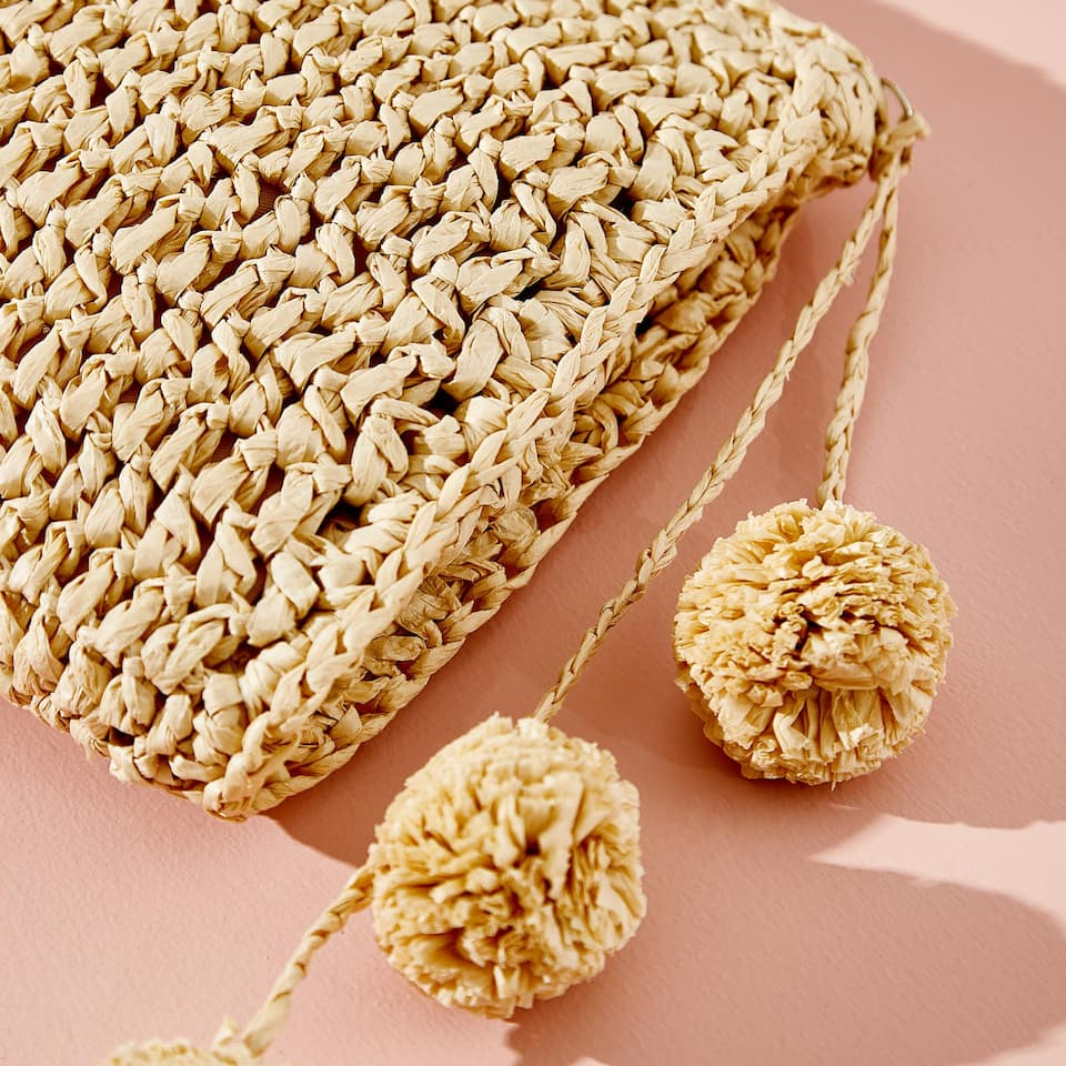 POMPOM TOILETRY BAG