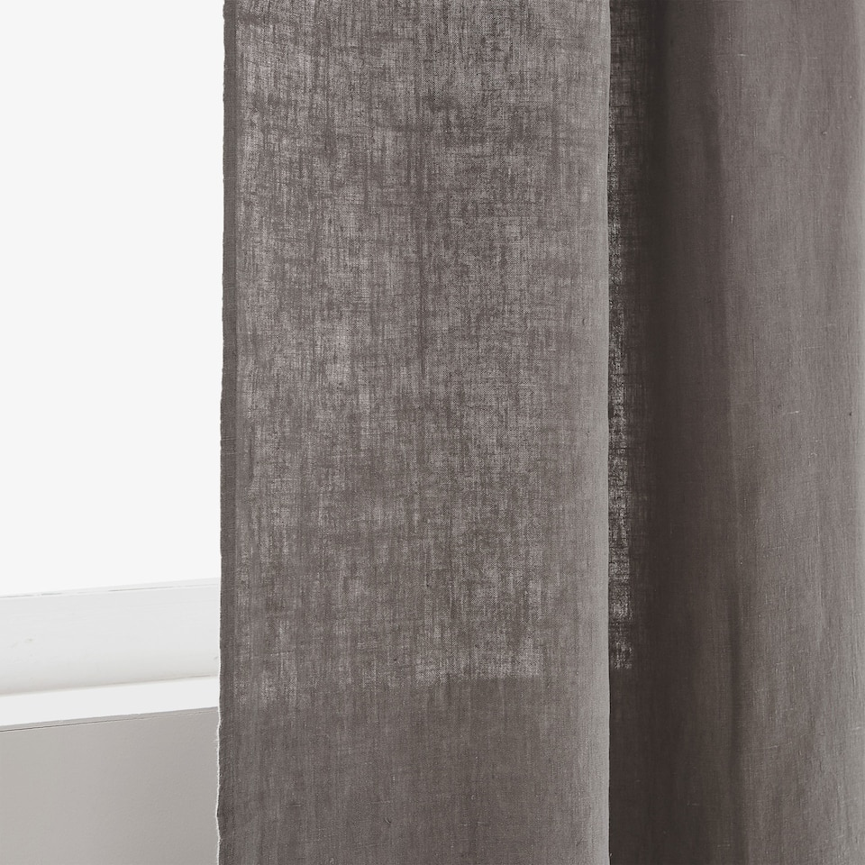 Heavy linen curtain