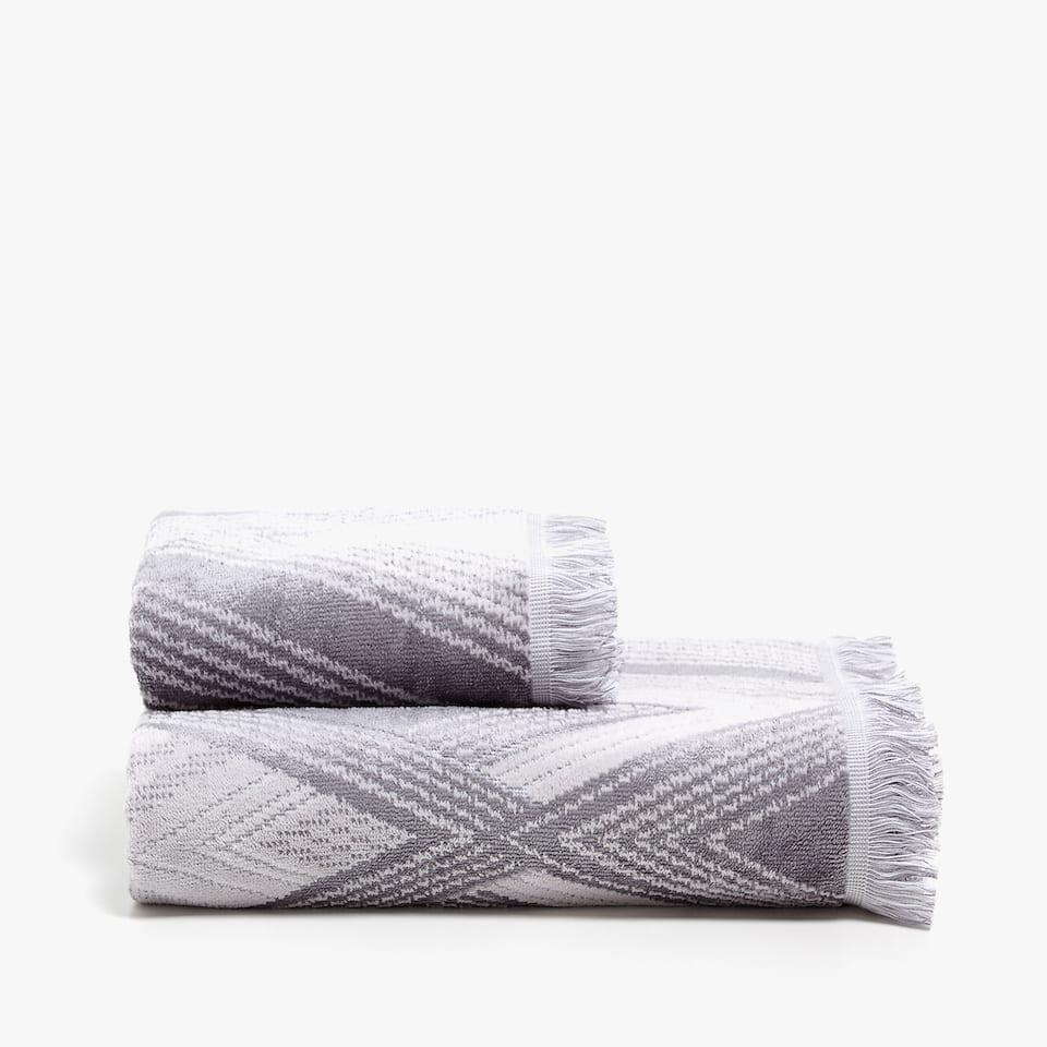 GEOMETRIC SHAPES TOWEL