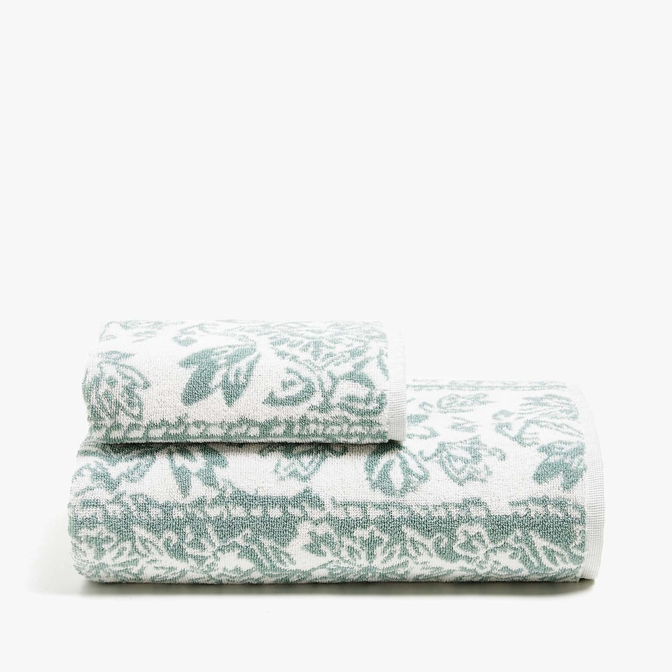 LEAF PRINT COTTON TOWEL