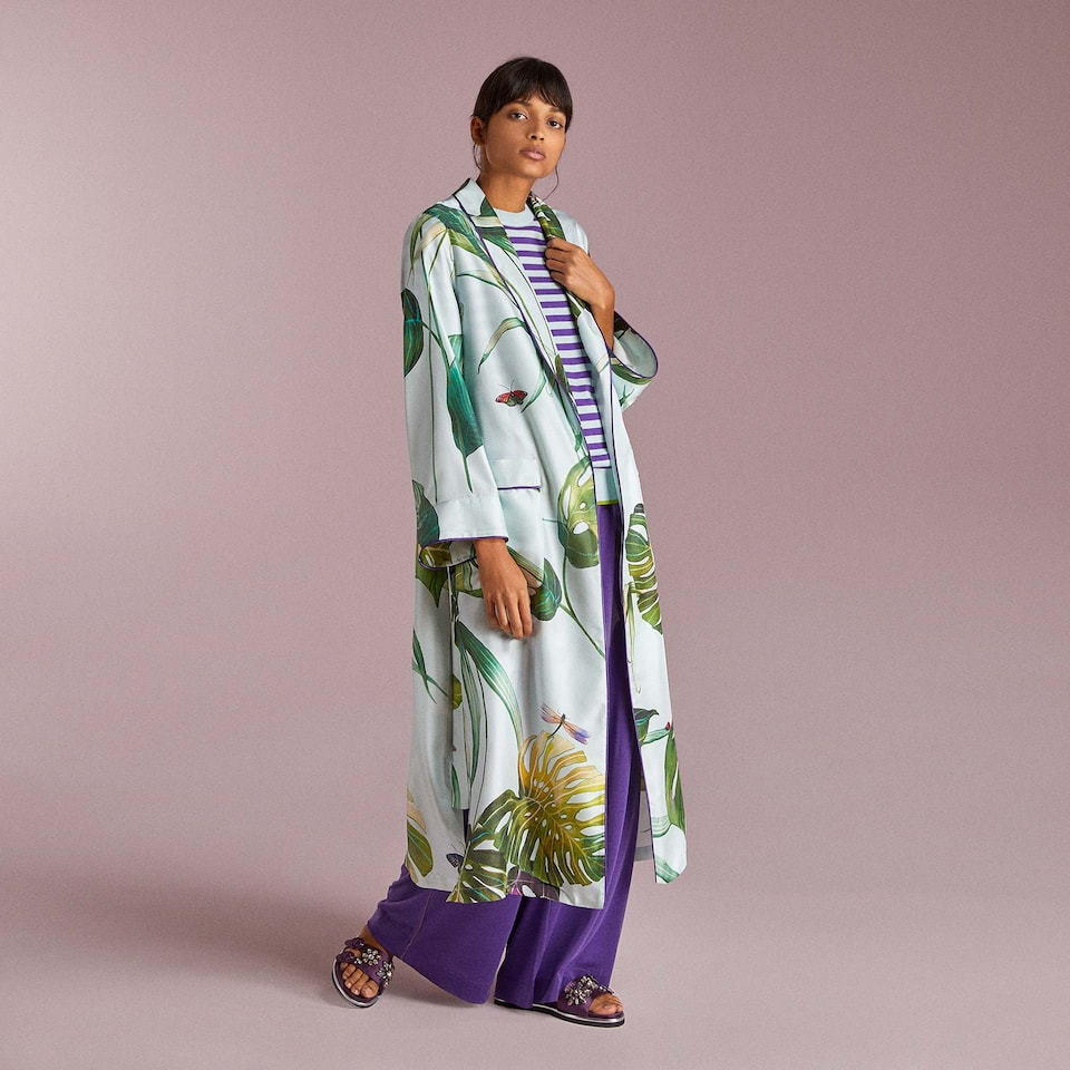 TROPICAL PRINT SILK DRESSING GOWN