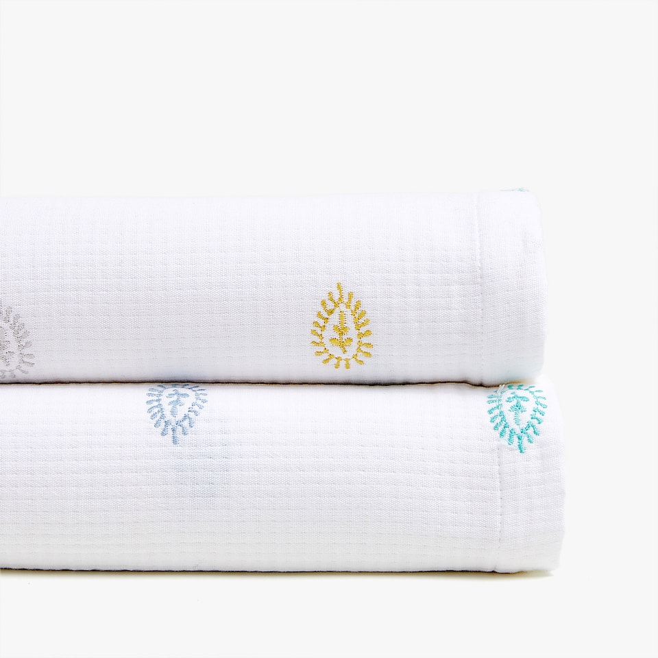 EMBROIDERED COTTON BEDSPREAD