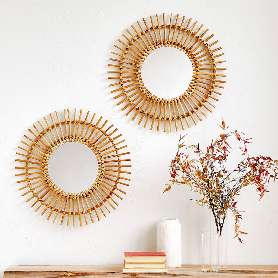 SUN-SHAPED BAMBOO MIRROR