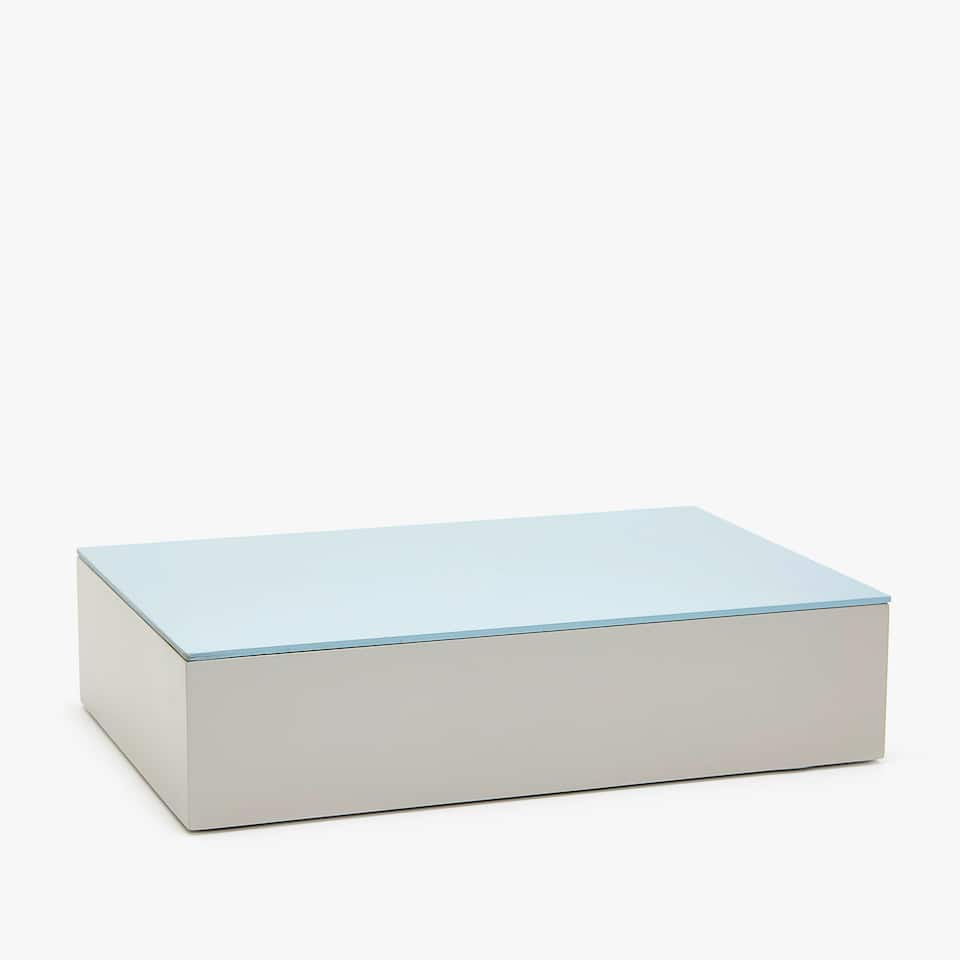TWO-TONE LACQUERED BOX