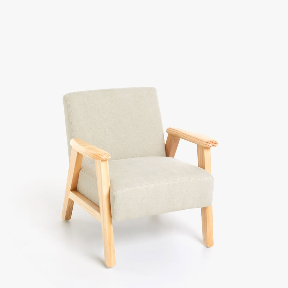 ARMCHAIR WITH WOODEN FRAME