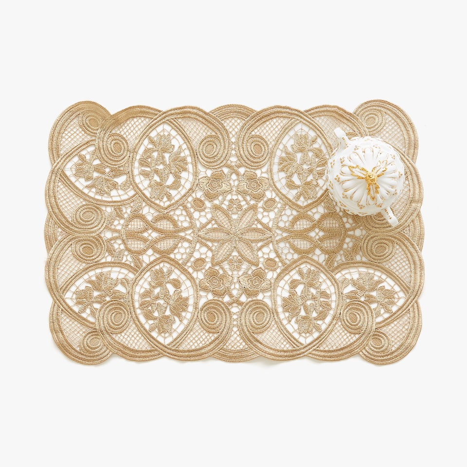 Gold lace trim rectangular placemat