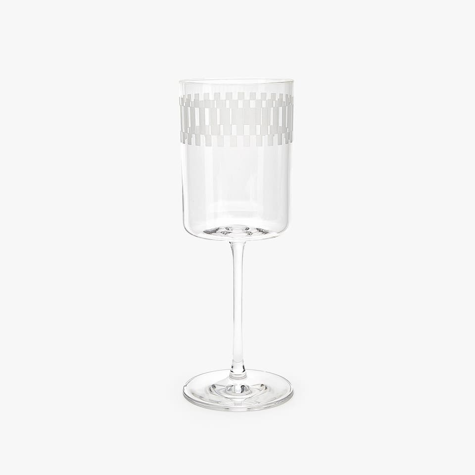 CRYSTALLINE WINE GLASS WITH CHEQUERED PATTERN