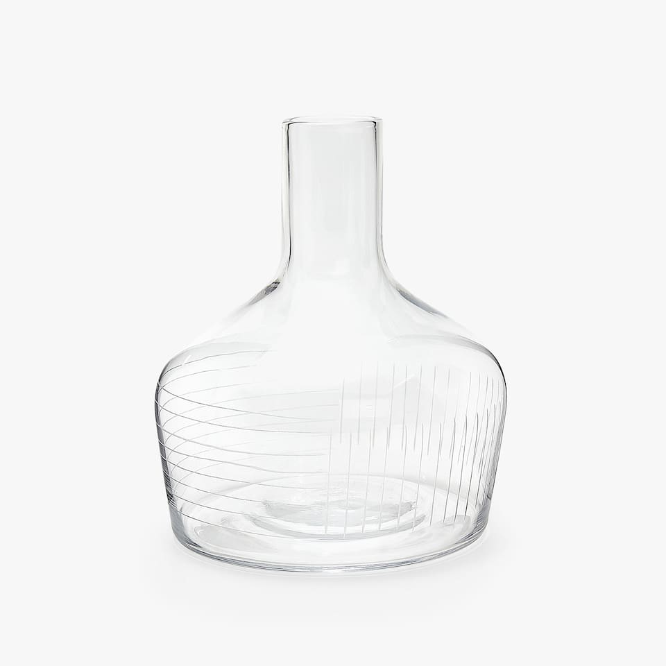 ENGRAVED GRID PITCHER