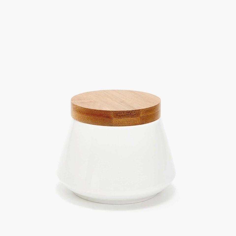 PORCELAIN SUGAR BOWL WITH WOODEN LID