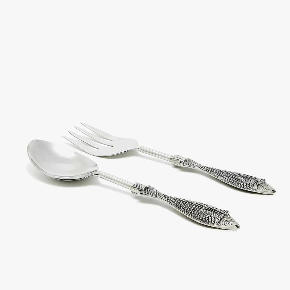 SERVERS WITH FISH HANDLES (SET OF 2)