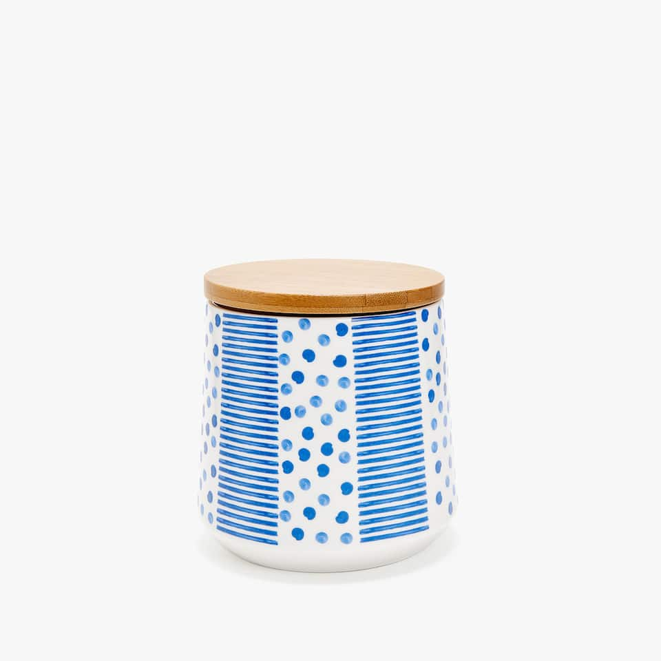 PORCELAIN JAR WITH BAMBOO LID