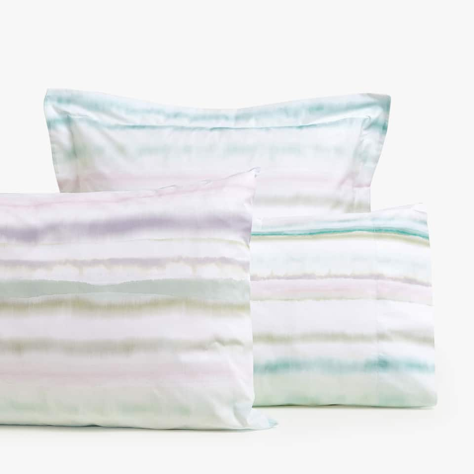 STRIPED DIGITAL PRINT PILLOWCASE
