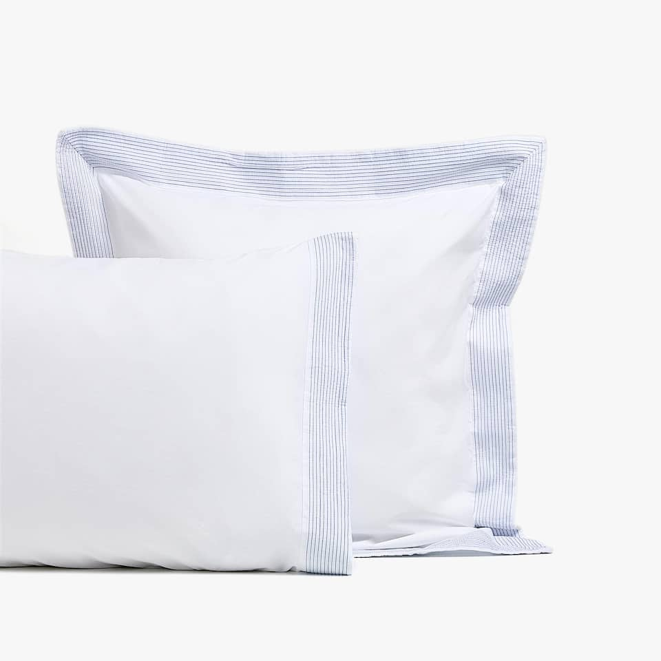 WASHED COTTON PILLOWCASE WITH CONTRASTING PLEATED BORDER