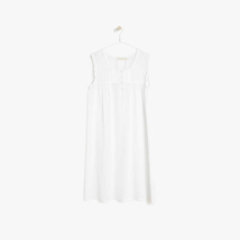 RUFFLED COTTON NIGHTDRESS